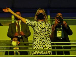 Critican a la primera dama de EEUU por usar atuendos repetidos en los Juegos Olímpicos