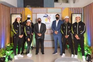 Elegancia y confort: Todo sobre los uniformes de la delegación venezolana en los JJOO (Video)