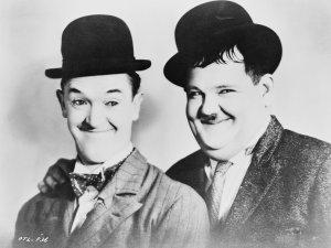 Trece casamientos, bigamia y alcoholismo: El perfil oscuro del Gordo y el Flaco, el mejor dúo cómico de la historia