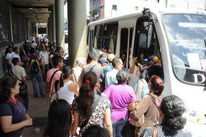 Al menos un 45% del sector transporte no está operativo en Táchira