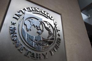 El FMI prevé que los países ricos aceleren su recuperación por las vacunas