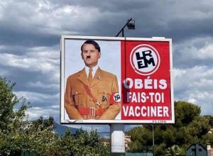 Macron denunció a sujeto que pegó carteles comparándole con Hitler