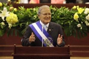La Fiscalía de El Salvador ordenó la detención del ex presidente Sánchez Cerén
