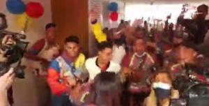 Con accidente incluido: La celebración de la familia de Yulimar Rojas que se hace viral en redes (VIDEO)