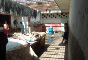 Presos de Guanare quedaron sin enseres, ropa y comida tras requisa de la GNB, denunció el OVP
