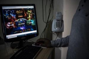 De policía a jardinero virtual: Los videojuegos con criptomonedas ganan adeptos en Venezuela