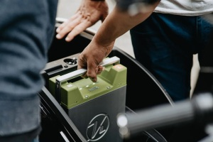 Nuevas baterías eléctricas podrían necesitar menos cobre y litio