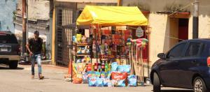 Comercios informales de Táchira hicieron caso omiso a la prohibición de ventas de refrescos colombianos