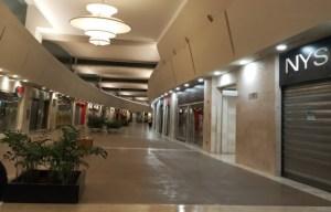 La crisis se pasea por los centros comerciales de Venezuela