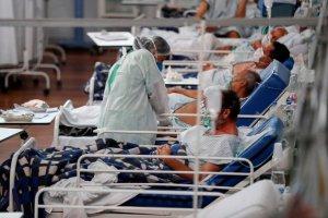 Investigan muerte de 200 personas durante estudio experimental contra el Covid-19 en Brasil
