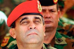 Maduro busca reescribir la historia del regreso de Chávez al poder para borrar a Raúl Baduel